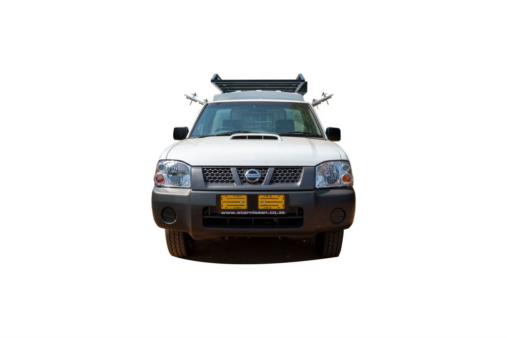 Nissan NP 300 Single cab Front open